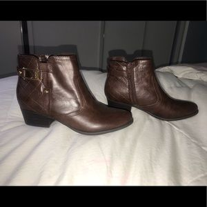Brand new brown leather western booties